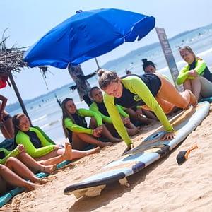 Surf school Weligama