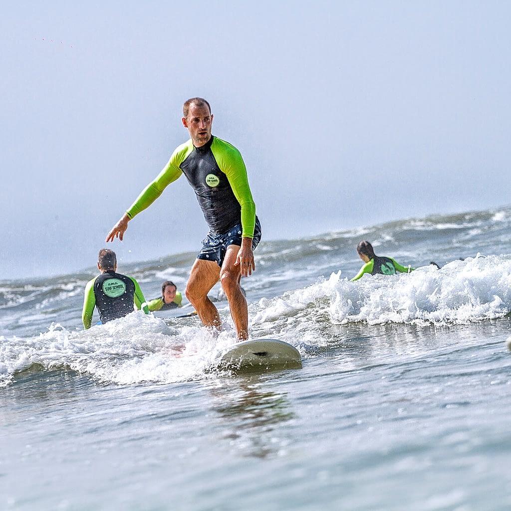 Surfing school Weligama