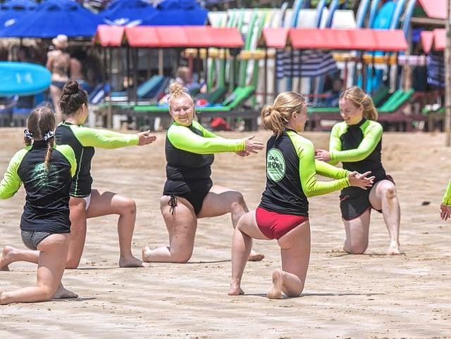 SURFING WELIGAMA SURF