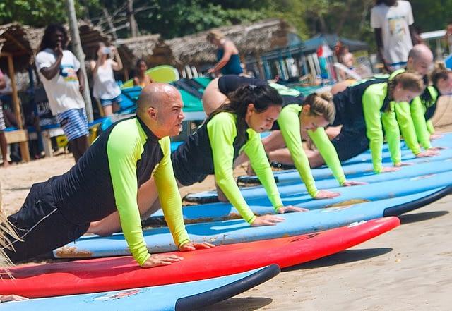 surfing surf Weligama